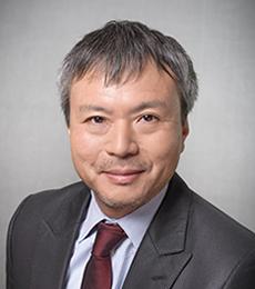 窪田 良 氏